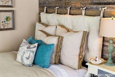 Diy-Comfortable-Cloth-Pillow-Headboard