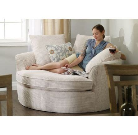 Diy-Comfy-Reading-Chair