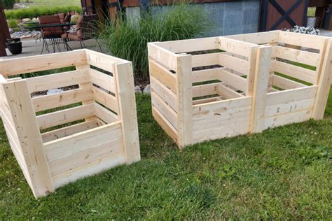 Diy-Compost-Bin-Wood