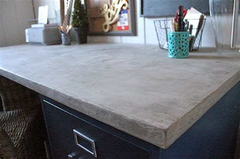 Diy-Concrete-Desk-Top