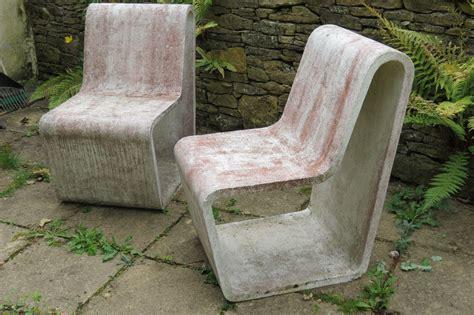 Diy-Concrete-Garden-Chair