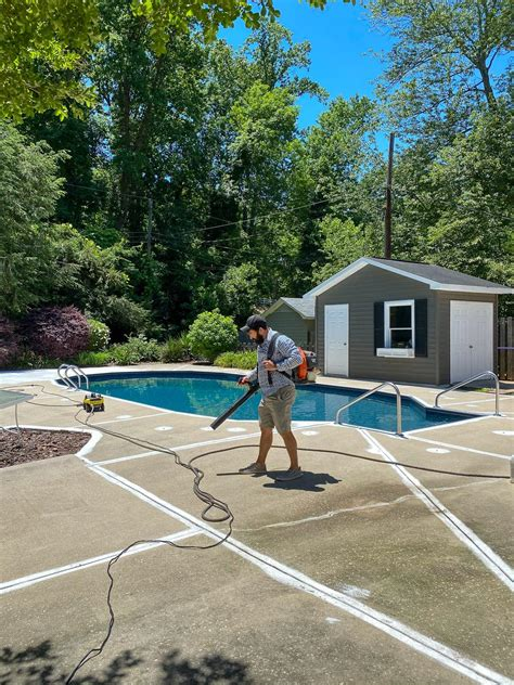 Diy-Concrete-Projects-Pool-Patio