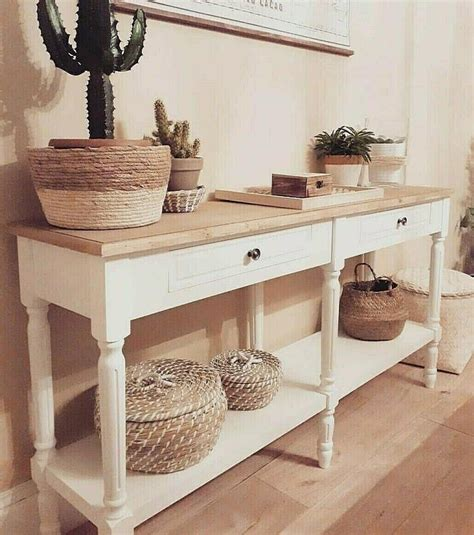Diy-Console-Table-With-Cabinets