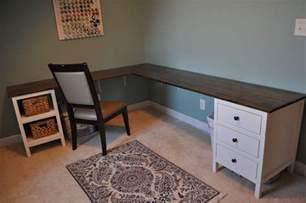 Diy-Corner-Craft-Desk