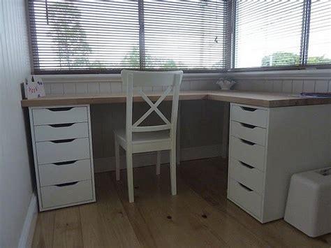 Diy-Corner-Desk-Ikea