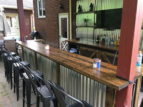 Diy-Corrugated-Metal-Bar