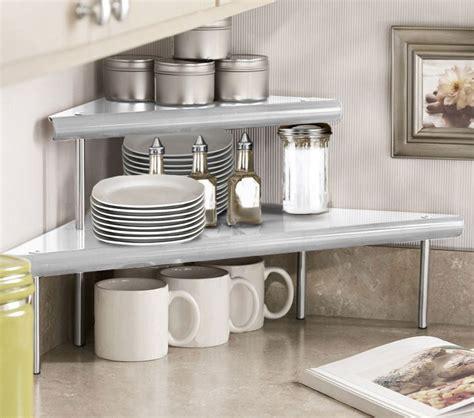 Diy-Countertop-Corner-Shelf