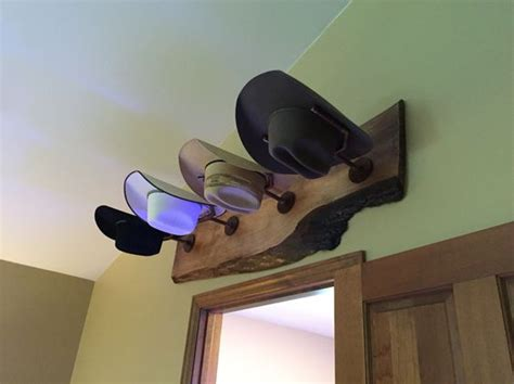 Diy-Cowboy-Hat-Rack