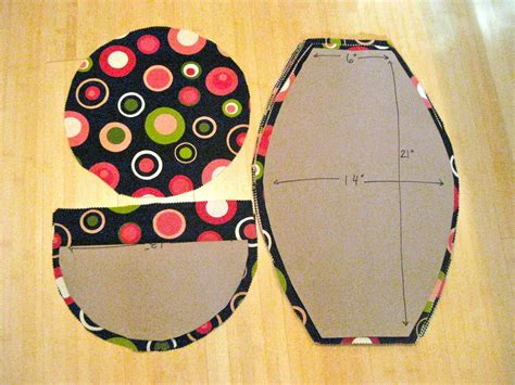 Diy-Crochet-Bean-Bag-Chair-For-Dolls