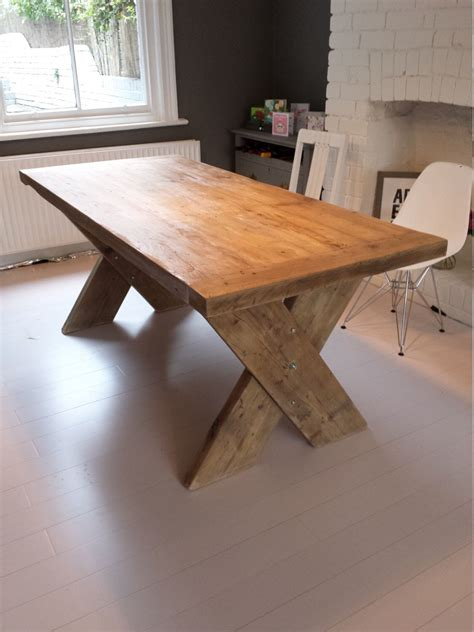 Diy-Cross-Leg-Desk-Ideas
