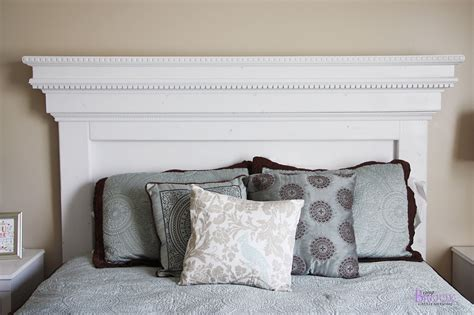Diy-Crown-Molding-Headboard