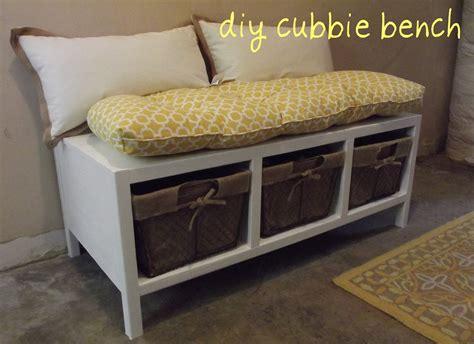 Diy-Cubby-Hole-Bench