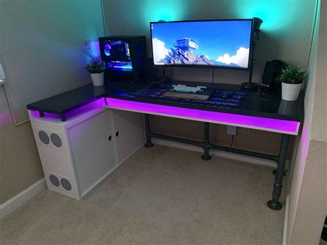 Diy-Custom-Gaming-Desk
