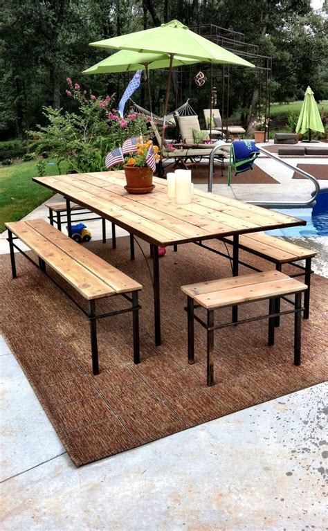 Diy-Custom-Patio-Table