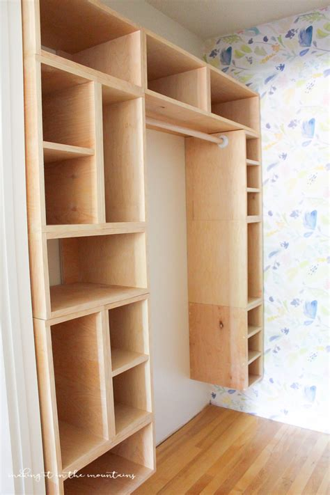 Diy-Custom-Wood-Closet