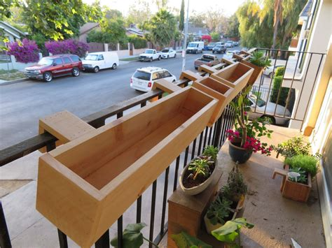 Diy-Deck-Box-Round