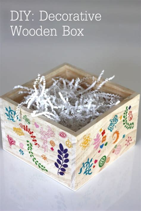Diy-Decorated-Wooden-Box