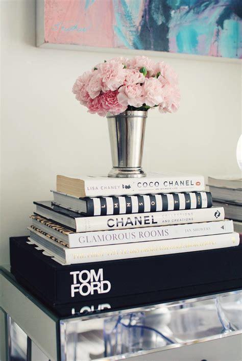 Diy-Designer-Coffee-Table-Books