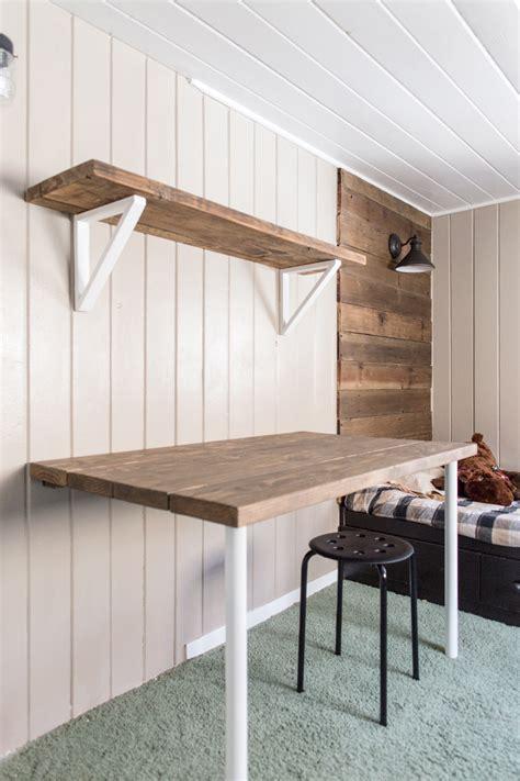 Diy-Desk-Against-Wall