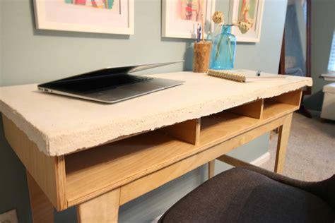Diy-Desk-Concrete
