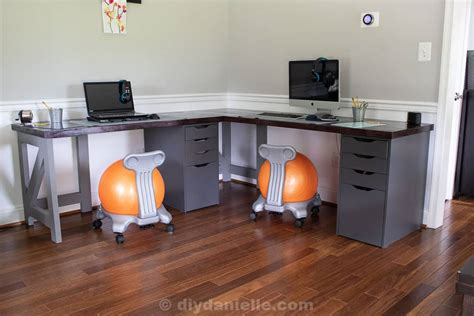 Diy-Desk-For-Two