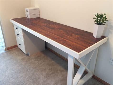 Diy-Desks-With-Door