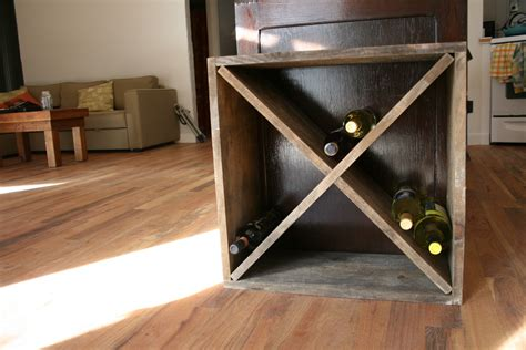 Diy-Diamond-Shaped-Wine-Rack