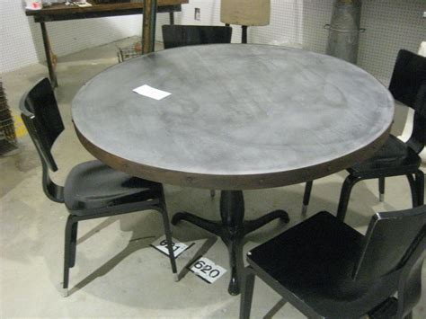 Diy-Dining-Table-With-Galvanized-Stell-Corners