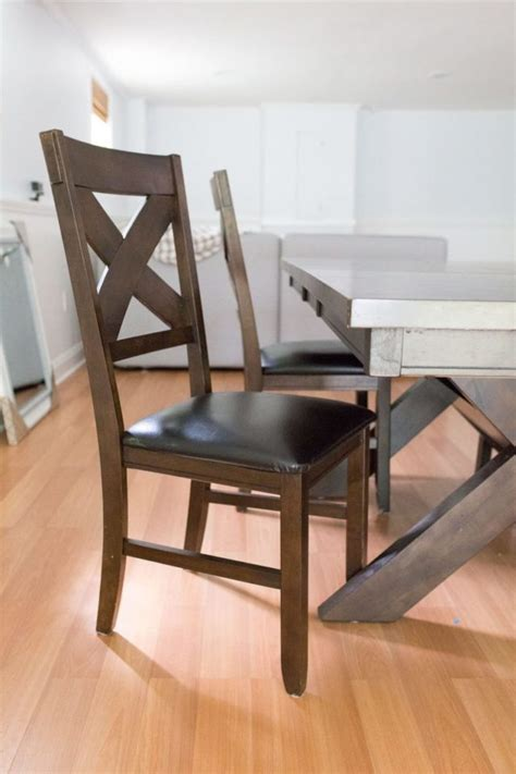Diy-Dinning-Table-And-Chairs