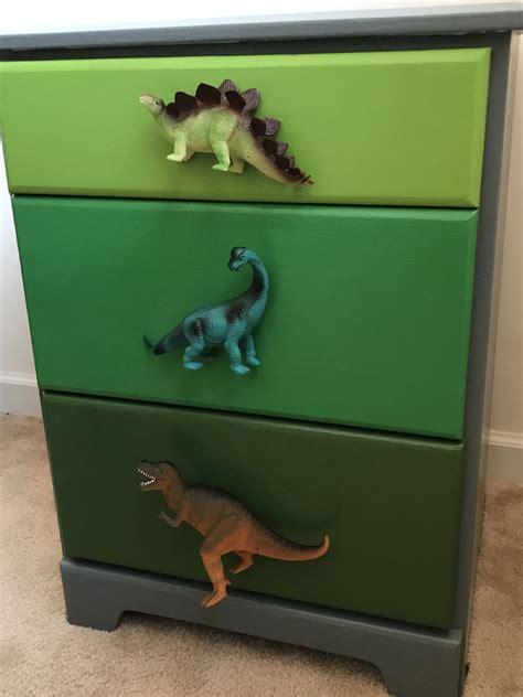 Diy-Dinosaur-Dresser