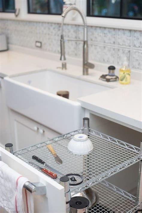 Diy-Dish-Drying-Cabinet