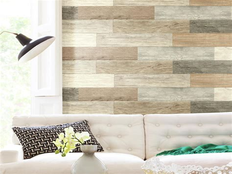 Diy-Distressed-Wood-Plank-Wall