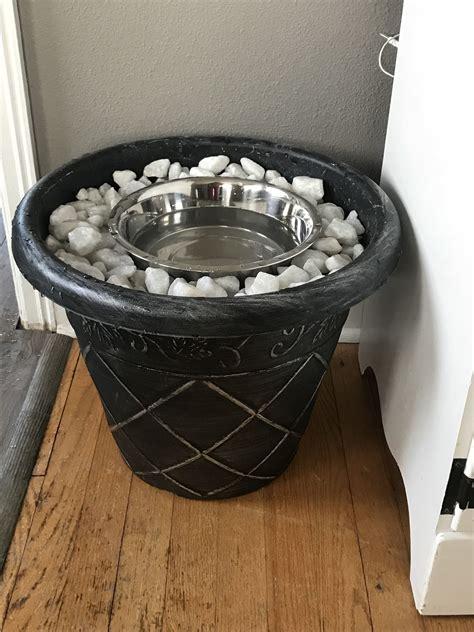 Diy-Dog-Crate-Water-Bowl