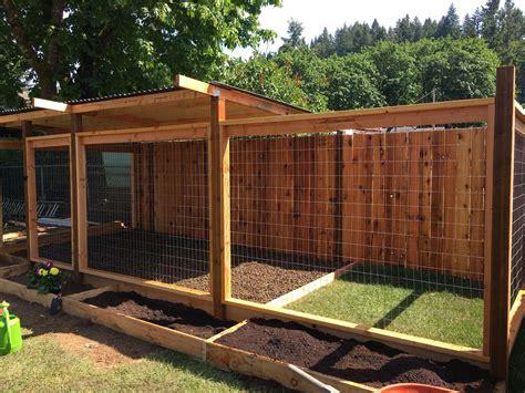 Diy-Dog-House-And-Fence