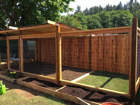 Diy-Dog-House-With-Fence