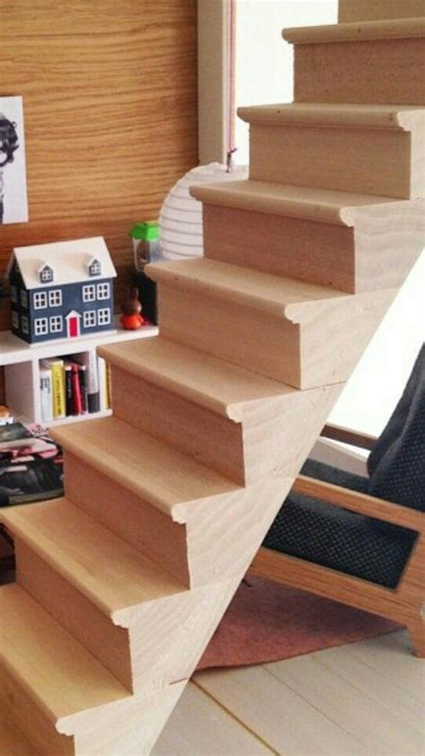 Diy-Dollhouse-Stairs