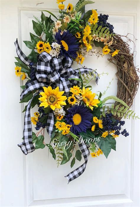 Diy-Door-Wreaths-For-Summer
