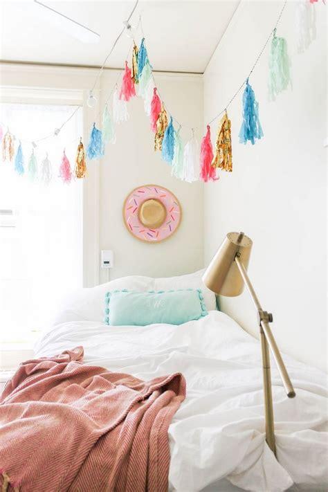 Diy-Dorm-Decorating-Crafts