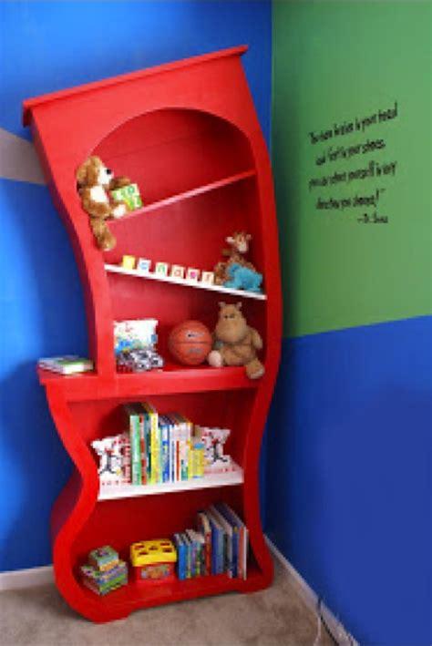 Diy-Dr-Seuss-Bookcase