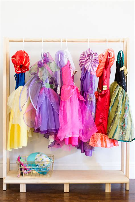 Diy-Dress-Up-Clothes