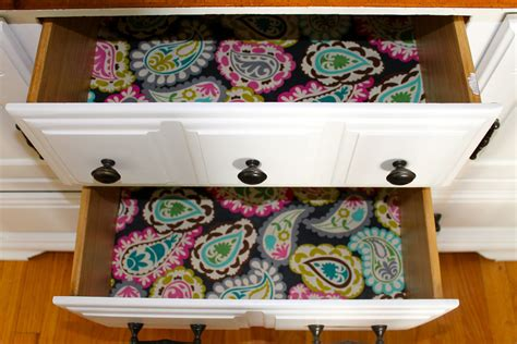 Diy-Dresser-Liner
