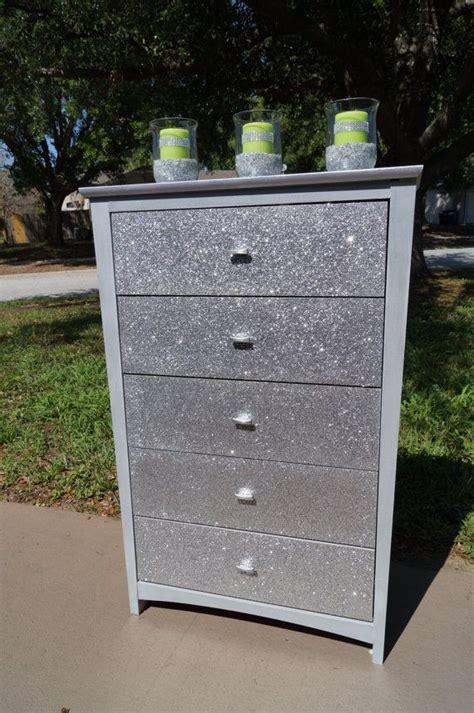 Diy-Dresser-Silver-And-Glitter