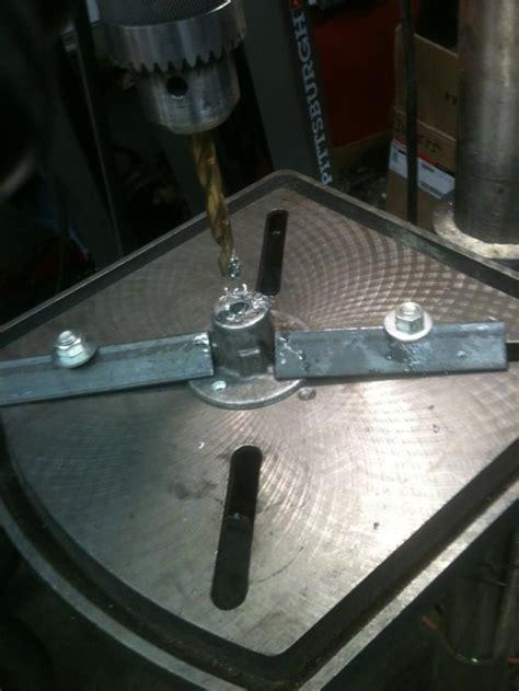 Diy-Drill-Press-Table-Clamp