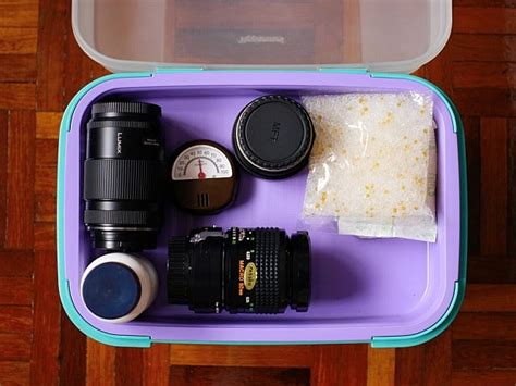 Diy-Dry-Box-For-Camera
