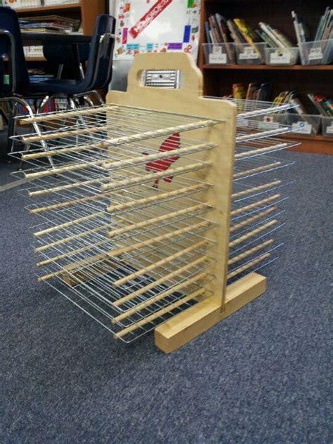 Diy-Drying-Rack-For-Preschool