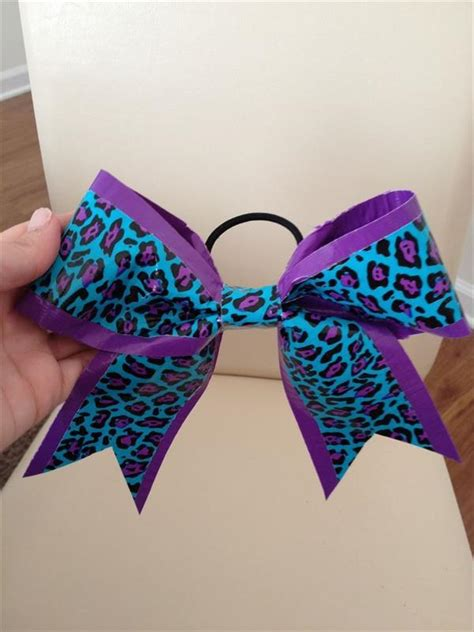 Diy-Duct-Tape-Bow