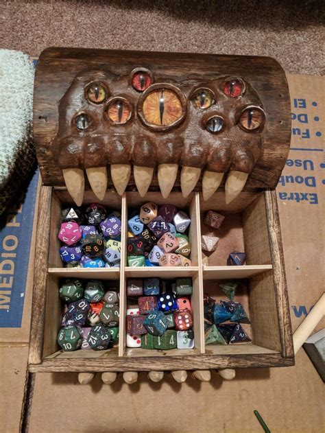Diy-Dungeons-And-Dragons-Dice-Box