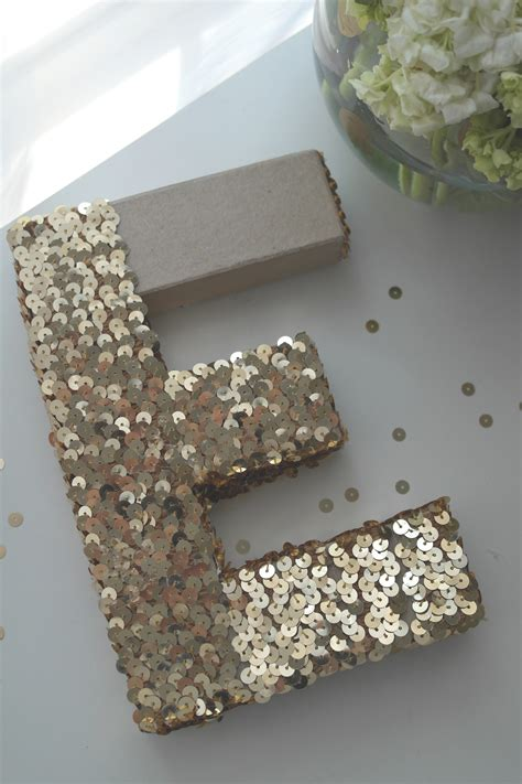 Diy-Embroidery-Letters