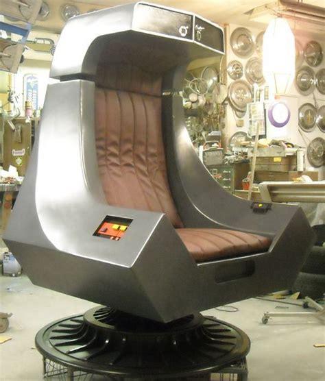 Diy-Emperor-Palpatine-Chair