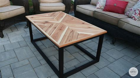 Diy-End-Table-Plans-Chevrom